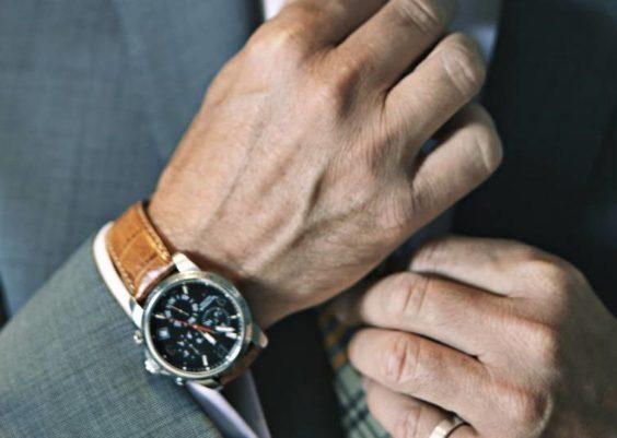 a150ce7aca3b31 Quale orologio regalare ad un uomo?