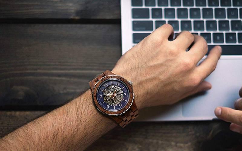Orologi da Polso in legno: prezzi economici (ma anche costosi)