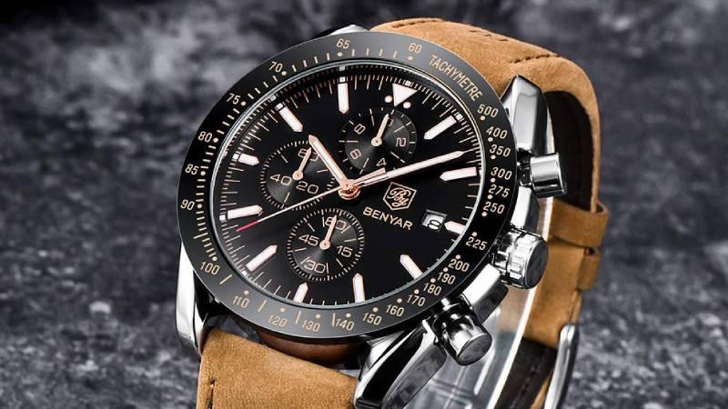 15 modelli per scegliere l'orologio da uomo con cinturino in pelle marrone, nero e blu