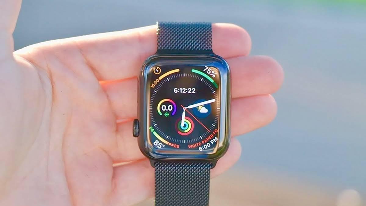 Cinturino Apple Watch 4: maglia milanese