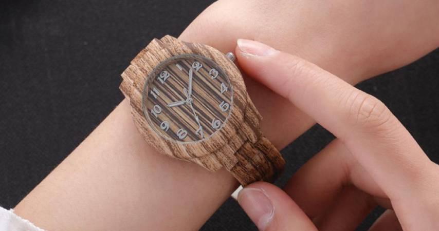 Orologio donna legno: 15 modelli in legno tra cui scegliere