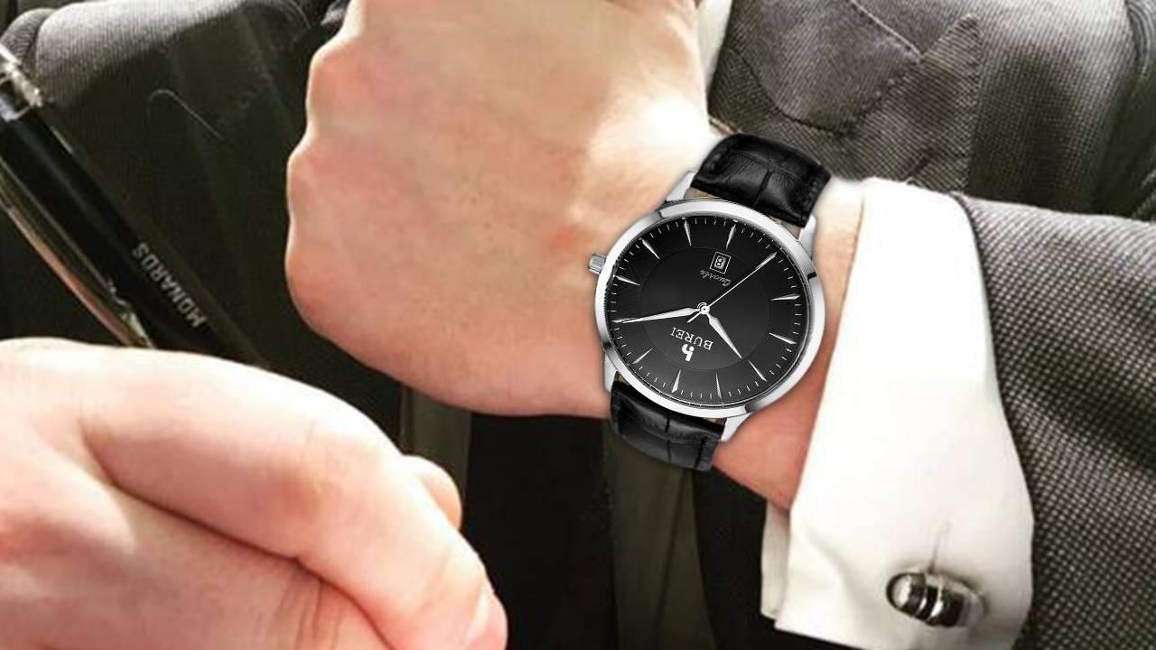 Orologio da uomo con quadrante nero, nero e oro, opachi e in acciaio. Quale preferisci?