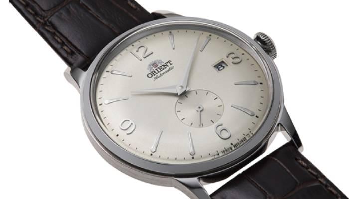 Orologi vintage da uomo economici: ORIENT - OROLOGIO AUTOMATICO CON CINTURINO IN PELLE